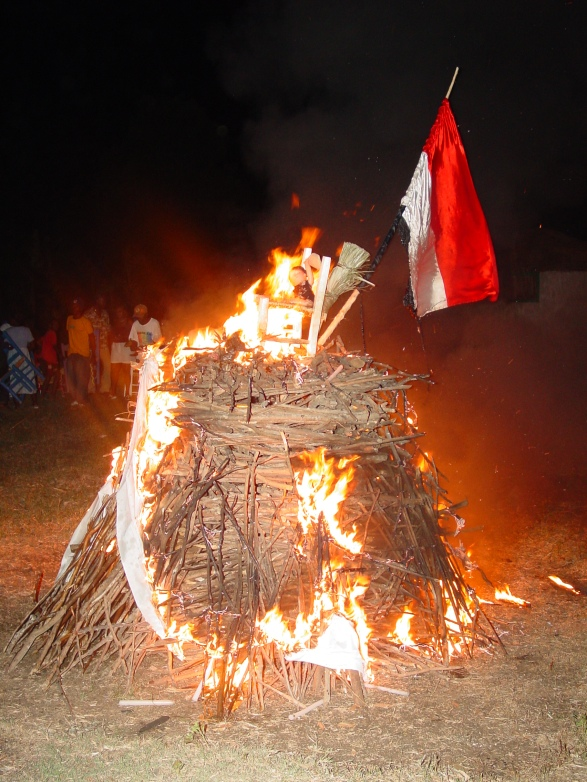 Brule Marinette; Haiti (2002)